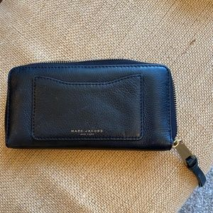 Marc Jacobs authentic genuine leather wallet